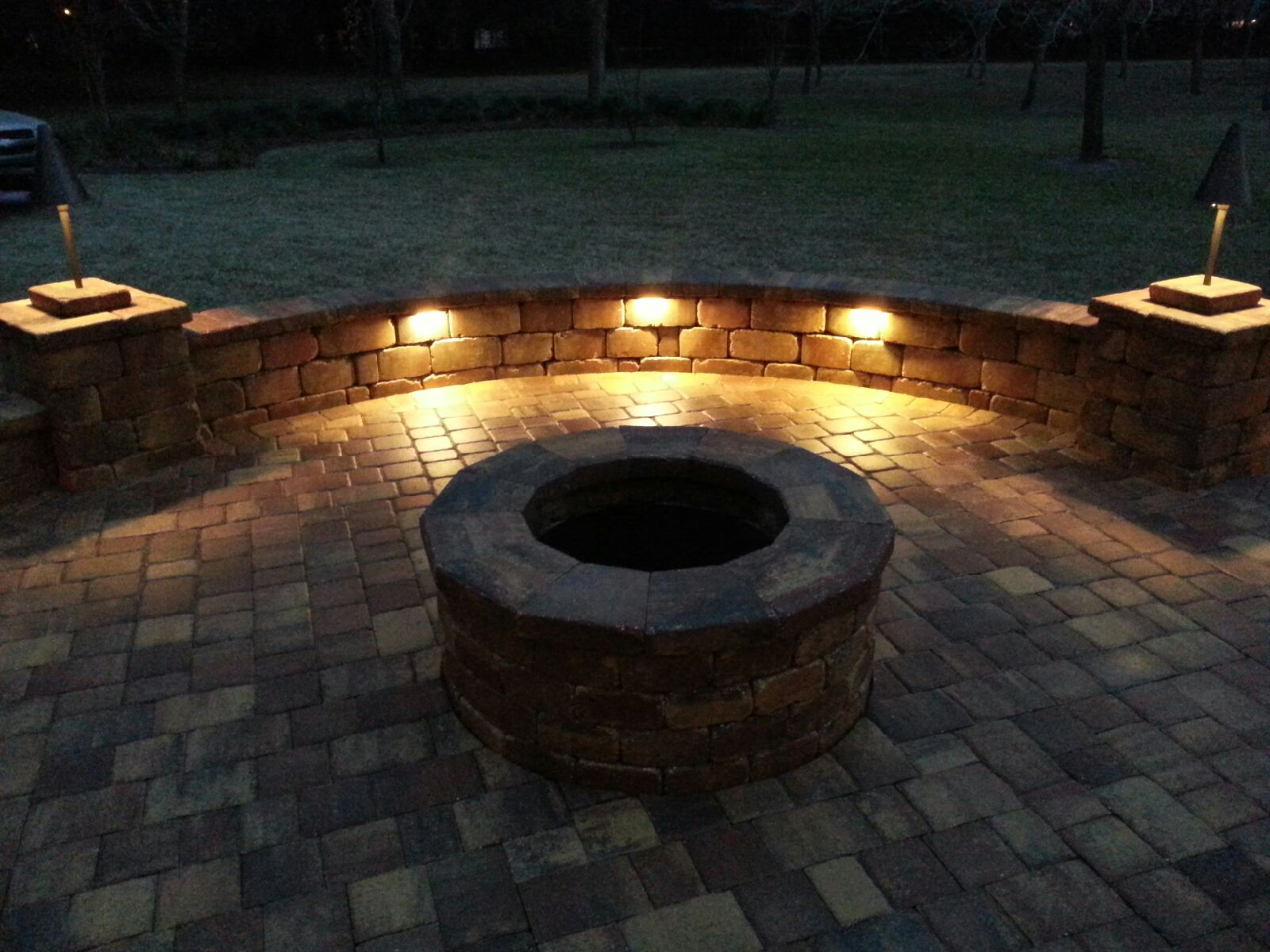 Concrete Paver Patio With Fire Pit And Wall Floridascapes